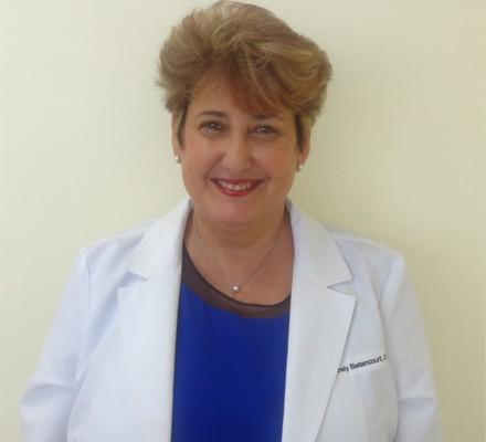 Dra. Arely Betancourt